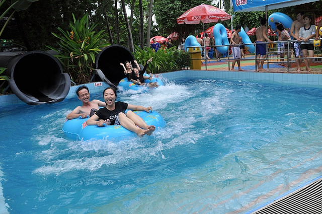 Where to have fun with your kids in Saigon Dam Sen Water Park
